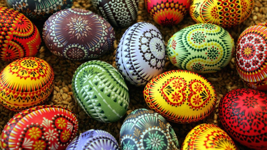Bautzen, GERMANY:  Easter eggs adorned in traditional Sorbian style are seen 11 March 2006 at the Sorbian Easter Egg Market in Bautzen, eastern Germany. Around 40 exhibitors from the eastern German Lausitz region present their skills and products during the annual market taking place always five weeks before Easter. The Sorbs are a small west Slavic people, living as a minority in the German states of Saxony and Brandenburg.    AFP PHOTO    DDP/NORBERT MILLAUER    GERMANY OUT  (Photo credit should read NORBERT MILLAUER/AFP/Getty Images)